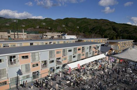 Onagawa-Container-Temporary-Housing_dezeen